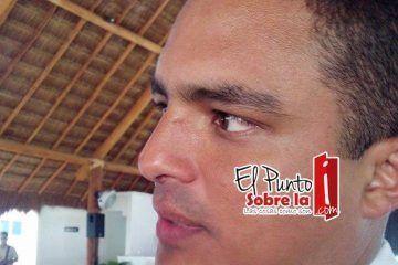 Raymundo King se reserva sus aspiraciones