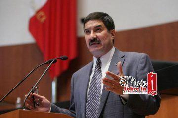 """Javier Corral realizará una visita a Cancún para promover """"la rebelión de las bases"""""""