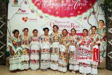 """SOCIALES: Tradicional Desayuno del Terno 2015 """"Riquezas de Quintana Roo"""" (FOTOS)"""