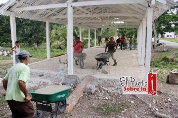 Más obras para las comunidades rurales de Bacalar