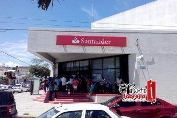 Los bancos de Chetumal y el calvario de los usuarios en quincena