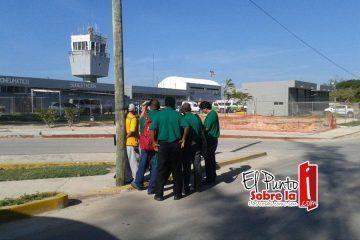 """""""Los Verdes"""" no sólo perdieron el partido de fútbol en Querétaro, sino que también fueron """"asaltados"""" en aeropuerto de Chetumal"""