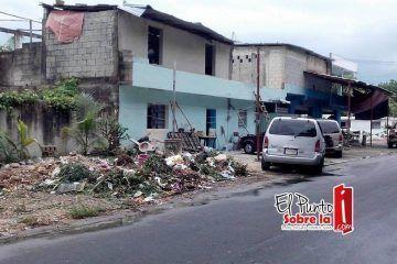 Vecinos exigen que municipio de OPB ponga fin al basurero de Florería Spyder