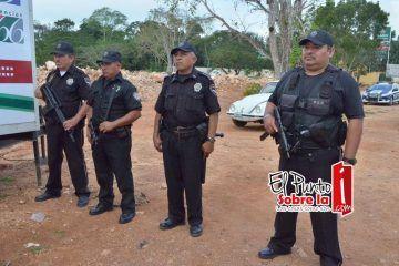 Un choque y guamazos entre policías de JMM