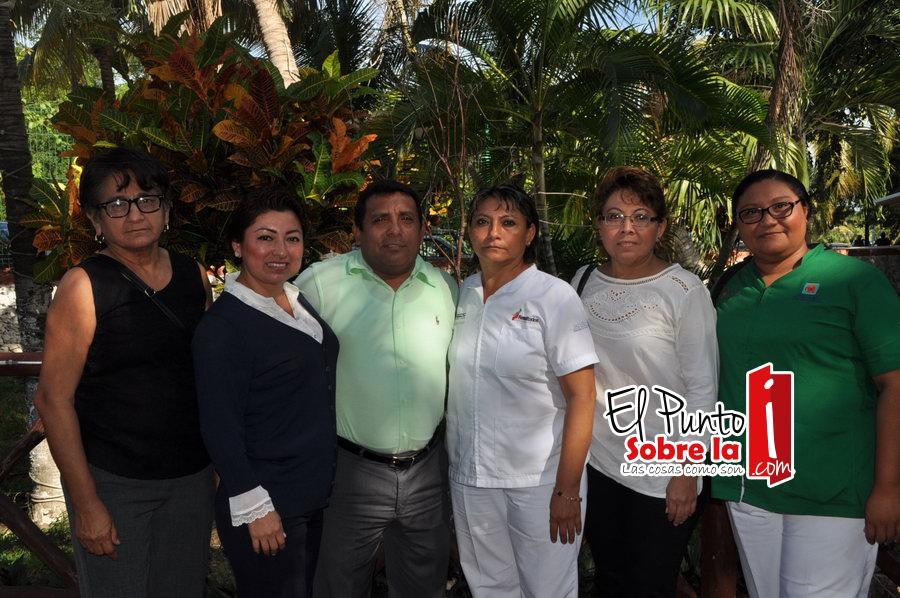 Ligia Beltrán, Dominga Hernández, Barbaciano Sansores Matos, Doris Hau, Petty Utrilla y Elsy Meneses.