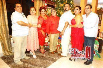 Celebrando la Navidad González Zhiel