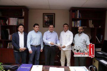 Designan a Jorge Manríquez Director General de Educación Continua y a Distancia de la UQRoo