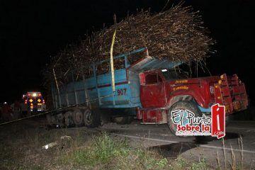 Camiones cañeros operan sin seguro contra accidentes