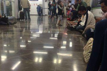 Decenas de pasajeros quedan varados en el Aeropuerto de Chetumal