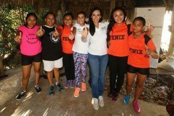 Mi compromiso es con los jóvenes y su educación: Laura Fernández