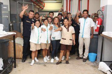 Fuerza laboral de la hotelería se suma al proyecto de Romi Dzul