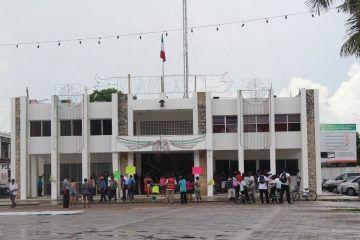 Arde chile en Palacio Municipal de FCP