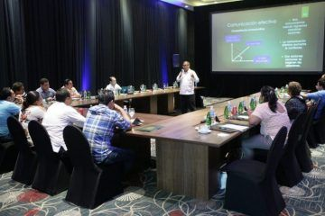 UQROO imparte capacitación a miembros del futuro cabildo de Isla Mujeres