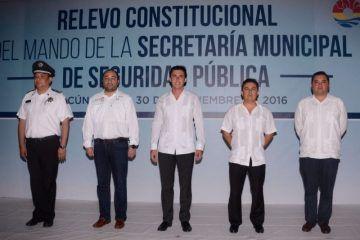 Recibe Remberto Estrada el mando del cuerpo policial de seguridad pública de BJ