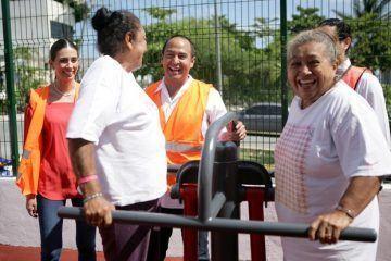 Encabeza reapertura del parque del Adulto Mayor el presidente municipal Juan Carrillo