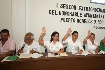 Adecua cabildo de Puerto Morelos reglamento a la nueva estructura organizacional