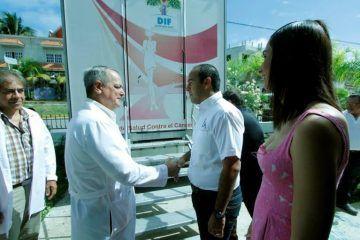 Juan Carrillo comprometido con el bienestar de las mujeres isleñas
