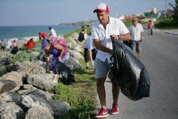 Juan Carrillo promueve el turismo sostenible en Isla Mujeres