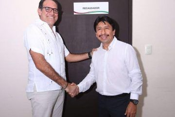 Carlos Joaquín empieza a acomodar sus piezas en los municipios