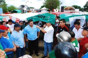Realizan mototaxistas manifestación pacífica ante la entrada de nuevos sindicatos