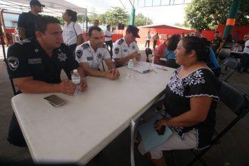 Atiende gobierno de Laura Fernández a habitantes de Leona Vicario