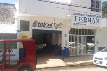 Atracan tienda de Celulares en la avenida principal