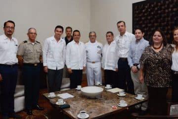 Impulsa Carlos Joaquín gran alianza para la defensa del entorno