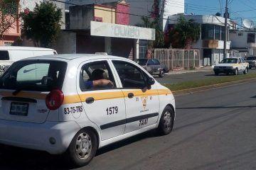 Ex diputados de Q. Roo también le entraron al reparto de placas de taxi