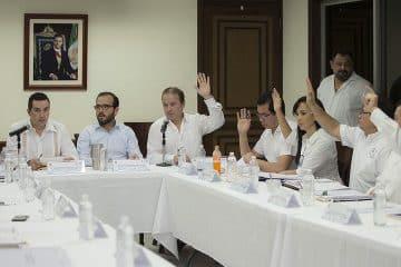 """Autoridades """"dan palo"""" a Aguakán en Puerto Morelos"""