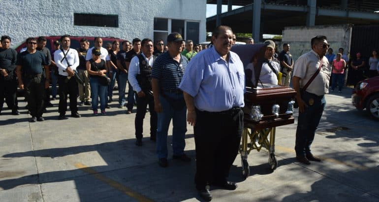 Despiden con honores al Agente Ministerial Humberto Mora Ochoa