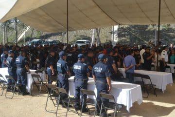 Policías de FCP celebran su día con pliego petitorio a sus autoridades