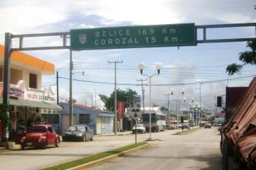 Apedrean a Marinos y policías estatales en Subteniente López