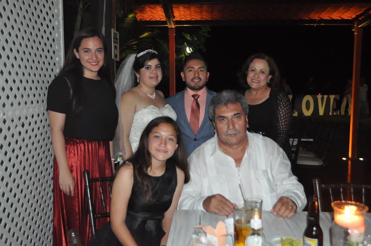 Con la familia Moreno Contreras.