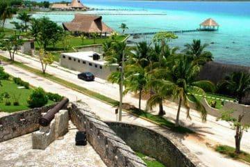 Empresarios de Bacalar exigen recursos para promoción turística