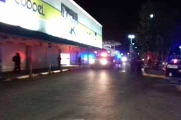Fuerte disturbio en Plaza Américas de Chetumal, intentan saquear Coppel