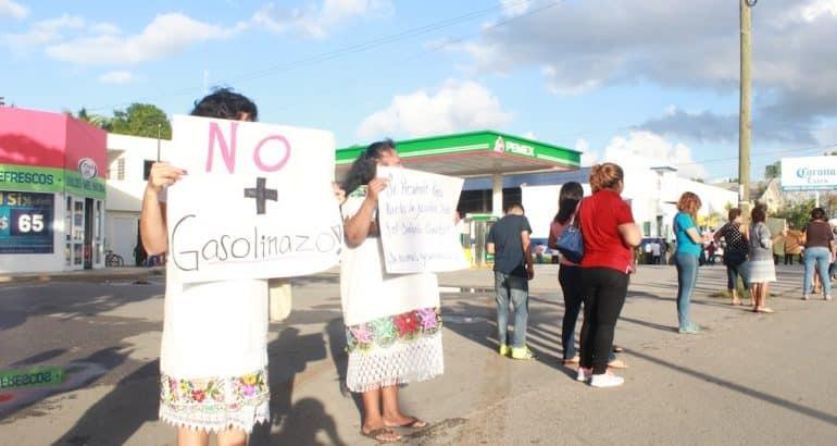 Taxistas carrilloportenses no cesan en su lucha contra el gasolinazo'