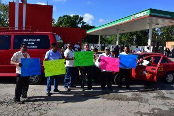 Taxistas de JMM se suman a la cruzada contra incremento a la gasolina