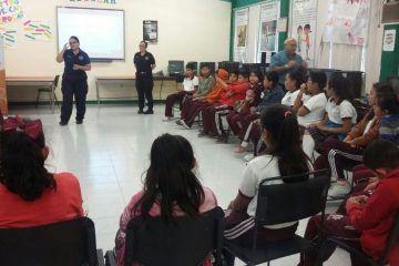 Policía municipal preventiva continúa brindando orientación a alumnos de secundaria