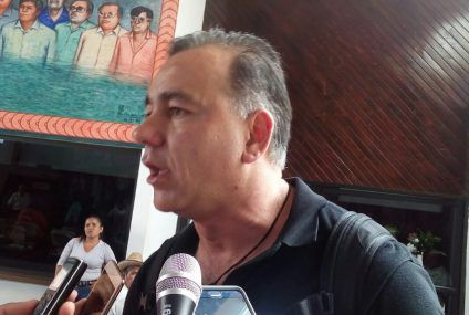 Presenta Carlos Mimenza demanda de Juicio Político contra Roberto Borge y sus funcionarios