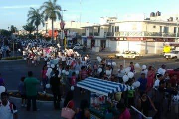 Chetumaleños respaldan a padres de Sahirely para castigar negligencia médica del IMSS