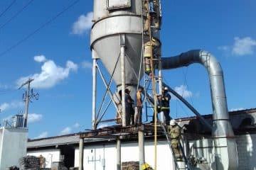 Moviliza a bomberos incendio en zona industrial