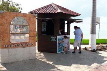 Activan módulos de atención para quienes visitan el sur de Quintana Roo