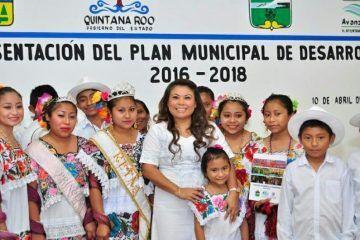 Presenta Romi Dzul un Plan de Desarrollo basado en la demanda social