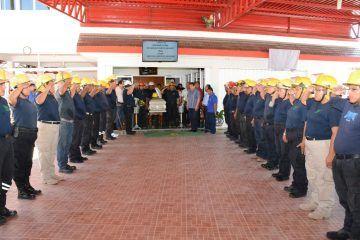 Autoridades de OPB dan último adiós al bombero Samuel Fuentes Hidalgo