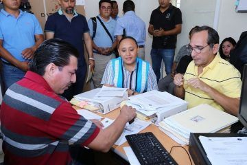 Cristina Torres denuncia a ex funcionarios, incluido Mauricio Góngora