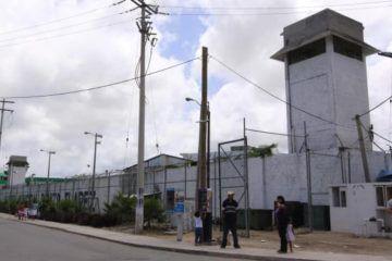 Muere policía en cárcel de Cancún
