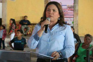 Rosa Adriana advierte del creciente número de casos de cáncer en el país