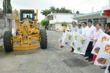 Pone en marcha Luis Torres obra de rehabilitación de calles de la Tumben Cuxtal
