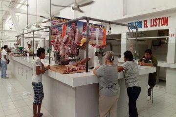 Limitada venta de carne en mercados de Chetumal tras paso de la tormenta Franklin