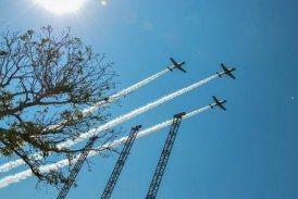 ((Fotos Aviones)) Desfile Cívico Militar Conmemorativo del 207 Aniversario del Inicio de la Independencia de México